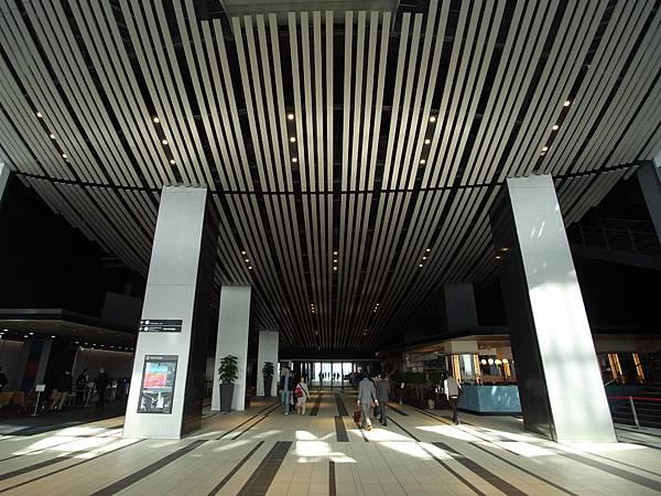日本東京都渋谷ヒカリエ:Sky Lobby+TOKYU THEATRE Orb (16)