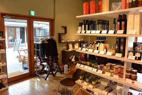 日本長野県ハルニレテラス:CERCLE wine & deli KARUIZAWA (6)