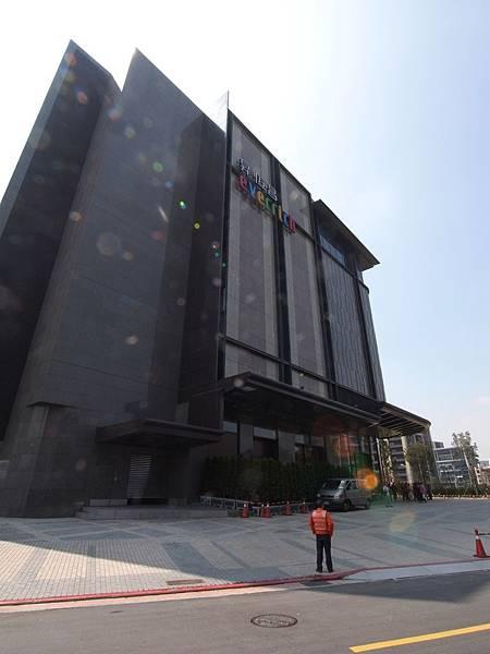 台北市昇恆昌免稅廣場 (2)