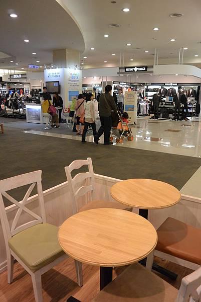 台北縣中和市MOMI & TOY'S環球購物中心 中和店 (7)