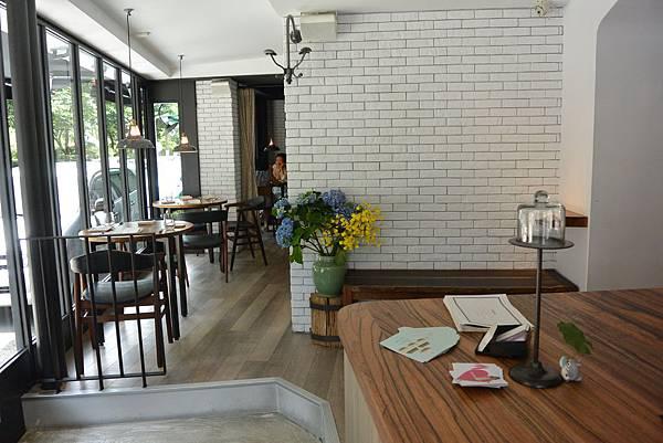 台北市L'AIR CAFE。NEO BISTRO (2)