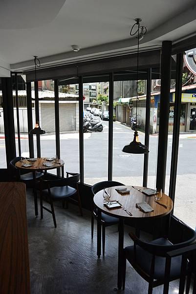 台北市L'AIR CAFE。NEO BISTRO (4)