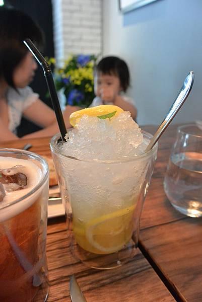 台北市L'AIR CAFE。NEO BISTRO (8)