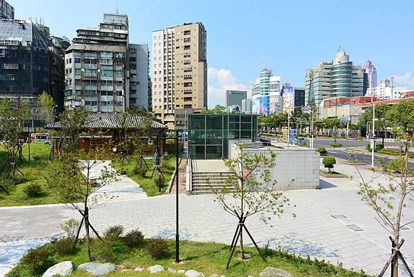 台北市西本願寺廣場 (14).JPG