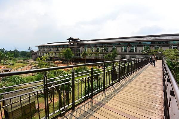 新竹縣關西鎮關西六福莊生態渡假旅館:外觀+大廳 (2).JPG