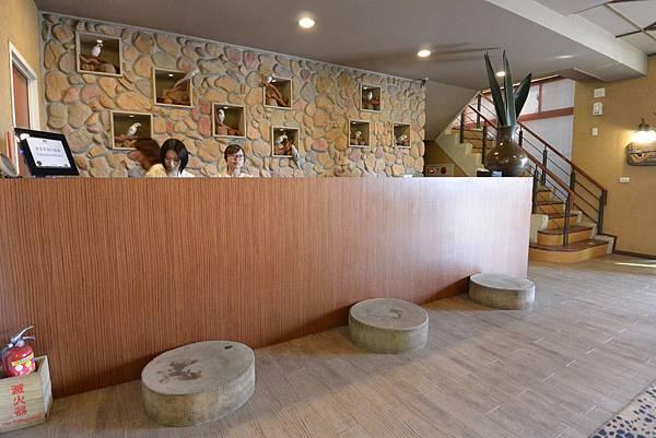 新竹縣關西鎮關西六福莊生態渡假旅館:外觀+大廳 (14).JPG