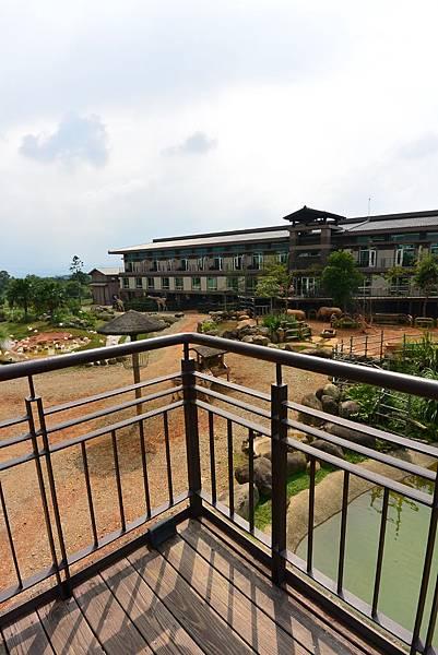 新竹縣關西鎮關西六福莊生態渡假旅館:外觀+大廳 (22).JPG