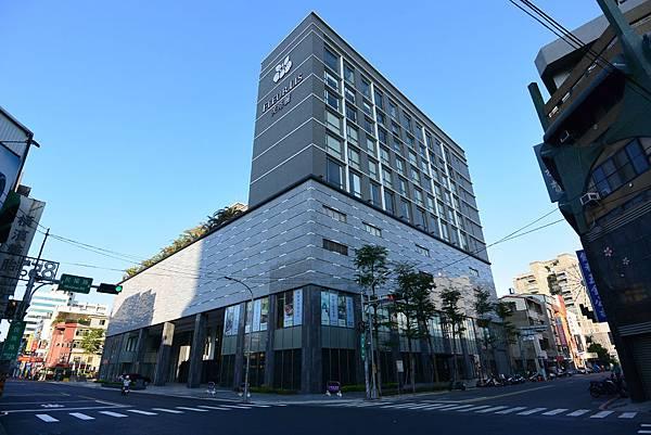 新竹市芙洛麗大飯店:大廳+外觀2 (4).JPG