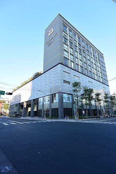 新竹市芙洛麗大飯店:大廳+外觀2 (5).JPG