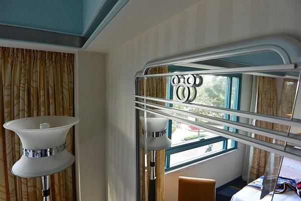 香港迪士尼好萊塢酒店:園林景觀客房 (8).JPG