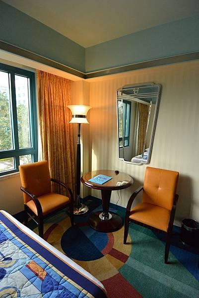 香港迪士尼好萊塢酒店:園林景觀客房 (15).JPG
