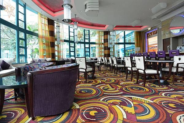 香港迪士尼好萊塢酒店:影廠酒廊 (1).JPG