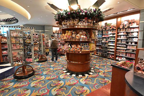 香港迪士尼好萊塢酒店:影星禮品店 (1).JPG