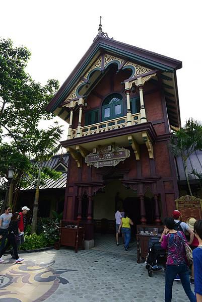 香港迪士尼樂園:大冒險家餐廳 (11).JPG