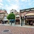 香港迪士尼樂園:美國小鎮大街 (1).JPG