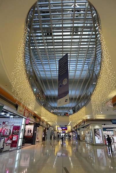 香港香港國際機場二號客運大樓 (7).JPG