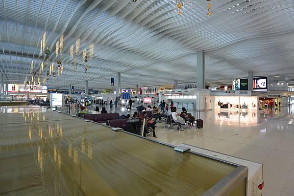 香港香港國際機場二號客運大樓 (13).JPG