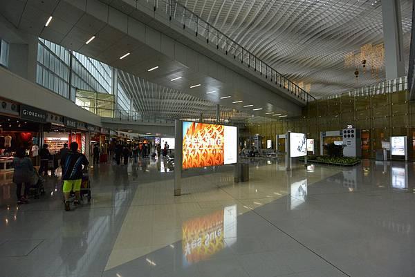 香港香港國際機場二號客運大樓 (20).JPG