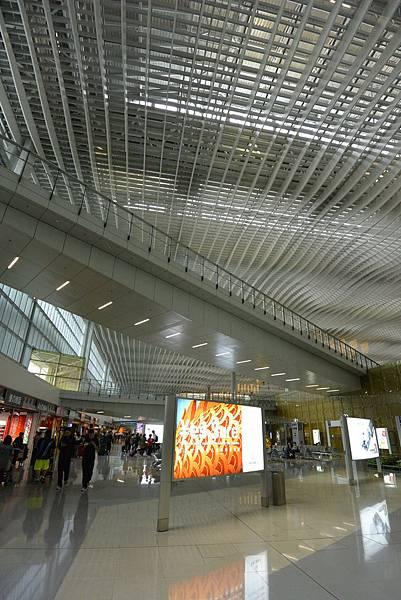 香港香港國際機場二號客運大樓 (21).JPG