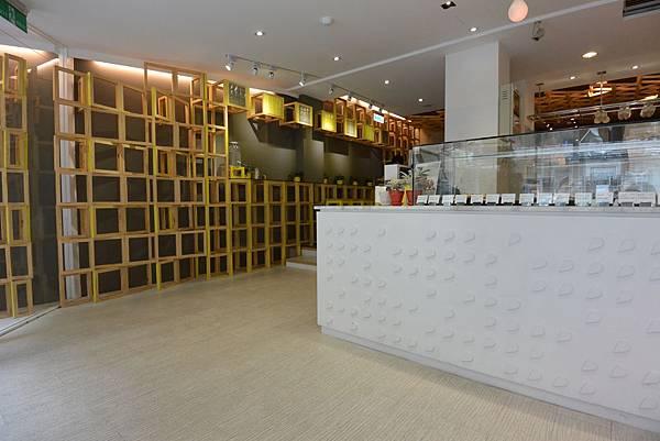 台北市Les Bébés CAFE & BAR (4).JPG