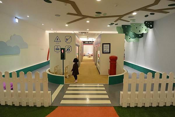 台北市樂童樂室內親子遊樂園 (16).JPG