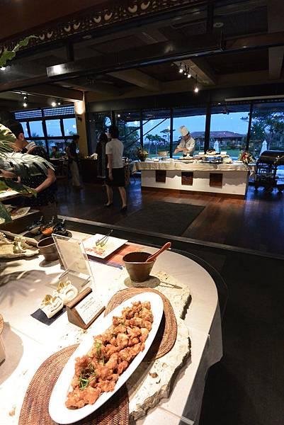 日本沖縄県八重山郡リゾナーレ 小浜島:クラブハウス レストラン (8).JPG