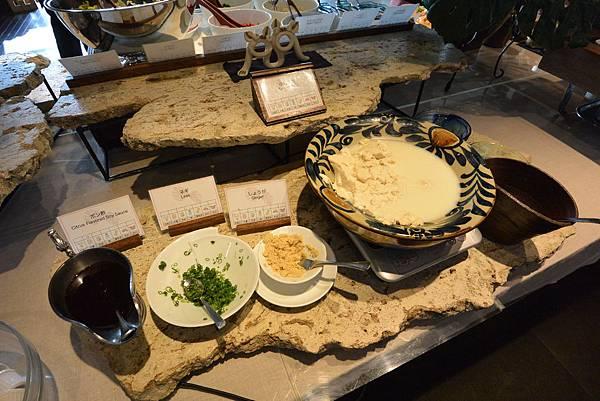 日本沖縄県八重山郡リゾナーレ 小浜島:クラブハウス レストラン (18).JPG
