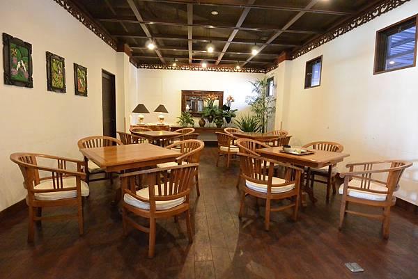 日本沖縄県八重山郡リゾナーレ 小浜島:クラブハウス レストラン (28).JPG