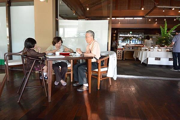 日本沖縄県八重山郡リゾナーレ 小浜島:クラブハウス レストラン (32).JPG