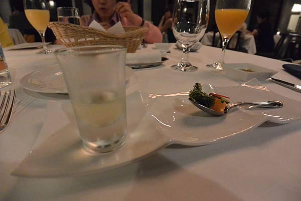 日本沖縄県八重山郡リゾナーレ 小浜島:レストラン『DEEP BLUE』 (19).JPG