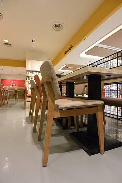台北市KNUTSEN Petite Cafe信義新天地店 (7).JPG