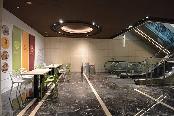 台北市KNUTSEN Petite Cafe信義新天地店 (15).JPG