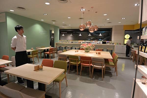 台北市KNUTSEN Petite Cafe信義新天地店 (18).JPG