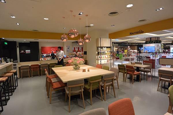 台北市KNUTSEN Petite Cafe信義新天地店 (22).JPG