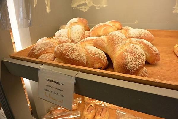 台北市繽紛麵包房樂利店 (2).JPG