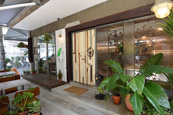 台北市Herban Kitchen & Bar (7).JPG