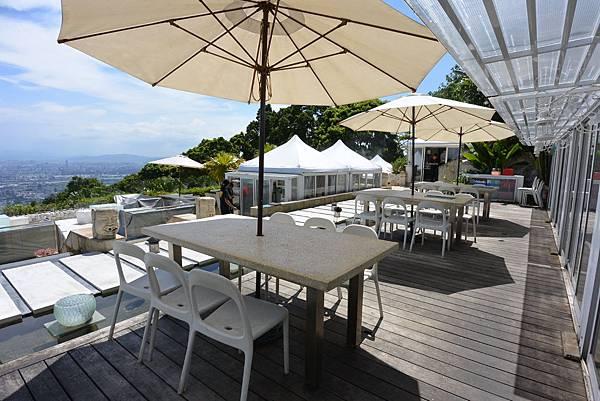 台北市屋頂上景觀餐廳 (24).JPG