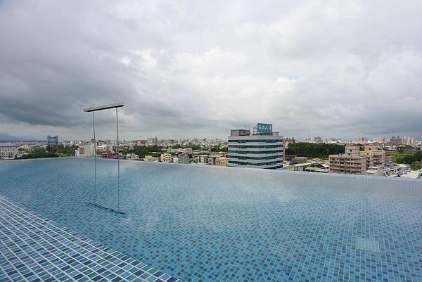 嘉義市桃城茶樣子:N23.5° Sky Lounge (2).JPG