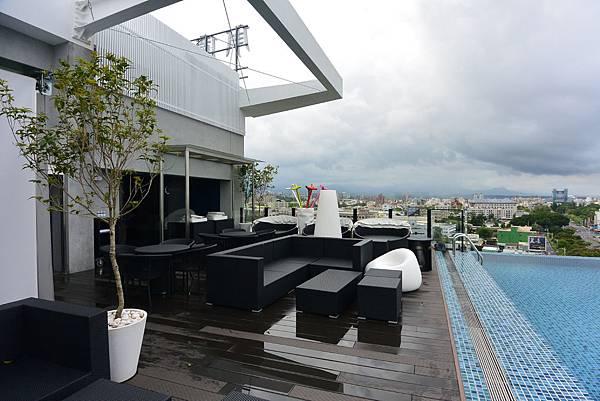嘉義市桃城茶樣子:N23.5° Sky Lounge (9).JPG