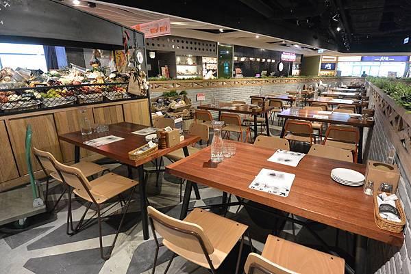 台北市薄多義義式手工披薩ATT店 (6).JPG