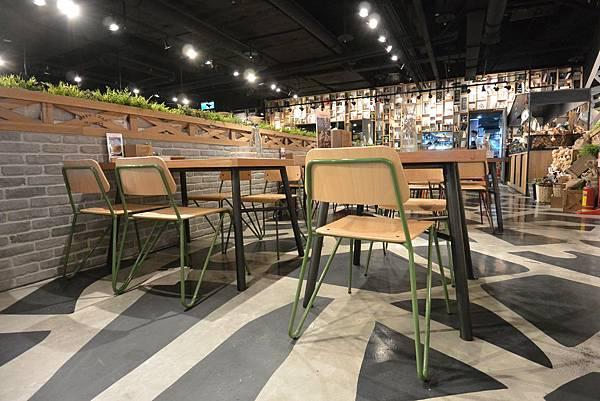 台北市薄多義義式手工披薩ATT店 (9).JPG