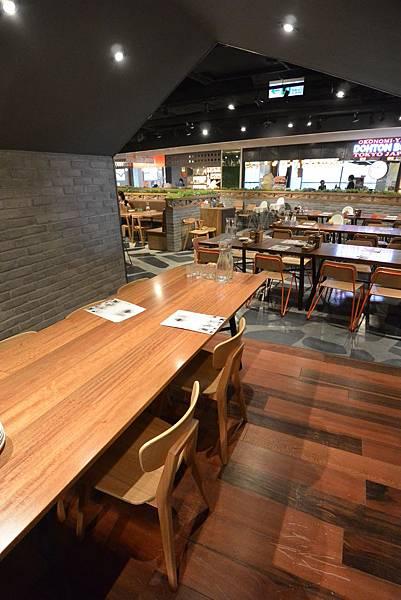 台北市薄多義義式手工披薩ATT店 (12).JPG
