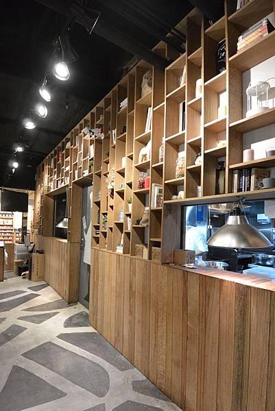 台北市薄多義義式手工披薩ATT店 (23).JPG