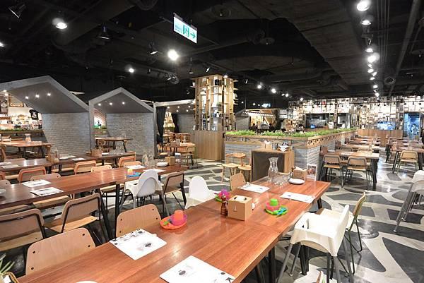 台北市薄多義義式手工披薩ATT店 (35).JPG