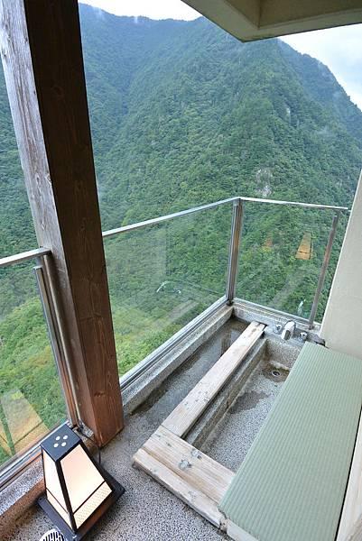 日本徳島県和の宿 ホテル祖谷温泉:505号室 玉響 (25).JPG