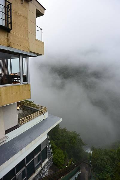 日本徳島県和の宿 ホテル祖谷温泉:男湯 渓谷の湯 (11).JPG