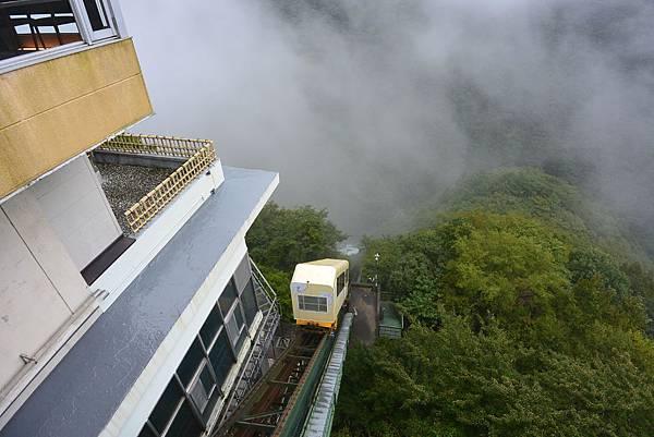 日本徳島県和の宿 ホテル祖谷温泉:男湯 渓谷の湯 (15).JPG