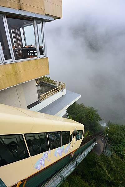 日本徳島県和の宿 ホテル祖谷温泉:男湯 渓谷の湯 (17).JPG