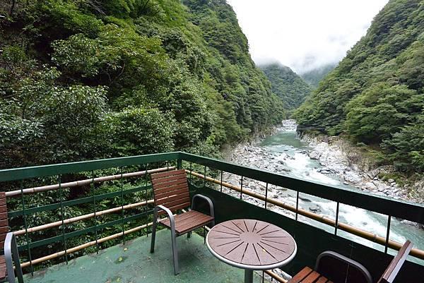 日本徳島県和の宿 ホテル祖谷温泉:男湯 渓谷の湯 (36).JPG