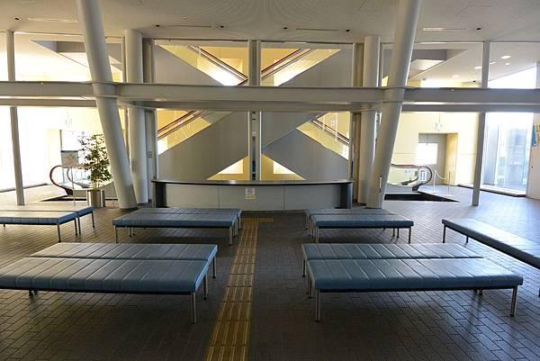 日本香川県高松市高松港旅客ターミナルビル (14).JPG